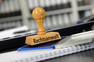 In ihrer Anwaltskanzlei in Fürth berät Sie Rechtsanwältin Silke Thulke-Rinne in allen Rechtsfragen. Foto: Gerhard Seybert - Fotolia.com
